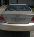 toyota camry le silver