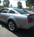 ford mustang 2006 gray coupe v6 premium gasoline 6 cylinders rear wheel drive automatic 92882