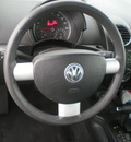 volkswagen beetle 2006 ivory gasoline 5 cylinders front wheel drive automatic 13502