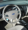 ford taurus 2002 red wagon se gasoline 6 cylinders front wheel drive 4 speed automatic 99208