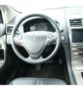 lincoln mkx 2011 silver suv gasoline 6 cylinders all whee drive automatic 98632