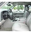 chevrolet suburban 2004 black suv 1500 ls flex fuel 8 cylinders 4 wheel drive automatic 98632