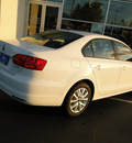 volkswagen jetta 2012 white sedan se w convenience gasoline 5 cylinders front wheel drive automatic 98226