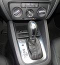 volkswagen jetta 2012 white sedan se w convenience gasoline 5 cylinders front wheel drive automatic 98226