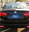 volkswagen jetta 2012 black sedan se w convenience and sunroof gasoline 5 cylinders front wheel drive automatic 98226
