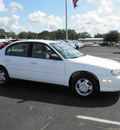 chevrolet malibu 2005 white sedan classic gasoline 4 cylinders front wheel drive automatic 32447