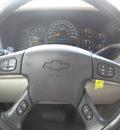 chevrolet suburban 1500 2005 maroon suv lt flex fuel 8 cylinders rear wheel drive automatic 33884