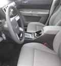 chrysler 300 2007 white sedan gasoline 6 cylinders rear wheel drive automatic 33884