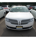 lincoln mkz 2010 white sedan gasoline 6 cylinders front wheel drive automatic with overdrive 08902