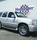cadillac escalade 2005 silver suv gasoline 8 cylinders all whee drive automatic 80905