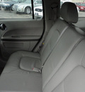 chevrolet hhr 2006 silver suv lt gasoline 4 cylinders front wheel drive automatic with overdrive 60546