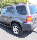 ford escape 2003 dk  gray suv xlt popular gasoline 6 cylinders dohc front wheel drive automatic with overdrive 32401
