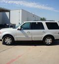 lincoln navigator 2006 tan suv luxury gasoline 8 cylinders rear wheel drive automatic 76108