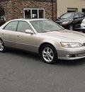 lexus es 300 2001 beige sedan gasoline 6 cylinders front wheel drive automatic 06019