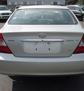 toyota camry 2002 silver sedan xle v6 gasoline 6 cylinders front wheel drive automatic 06019