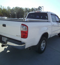 toyota tundra 2006 white sr5 gasoline 8 cylinders rear wheel drive automatic 75503