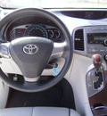 toyota venza 2009 white wagon fwd 4cyl gasoline 4 cylinders front wheel drive automatic 75503