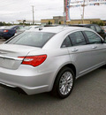 chrysler 200 2011 silver sedan limited gasoline 4 cylinders front wheel drive 6 speed automatic 62863