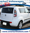 kia soul 2010 white wagon soul gasoline 4 cylinders front wheel drive automatic 99336