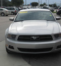 ford mustang 2010 silver coupe gasoline 6 cylinders rear wheel drive automatic 33884