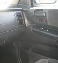 dodge dakota 2004 maroon pickup truck quad cab slt gasoline 8 cylinders 4 wheel drive automatic 13502