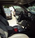 chrysler 300 2006 wht sedan gasoline 6 cylinders rear wheel drive automatic 32901