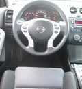 nissan altima 2008 gray coupe 3 5 se gasoline 6 cylinders front wheel drive automatic 80504
