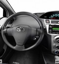 toyota yaris 2007 red hatchback gasoline 4 cylinders front wheel drive automatic 98901