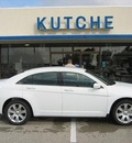 chrysler 200 2011 sedan gasoline 4 cylinders front wheel drive not specified 46036