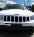 jeep compass 2011 white suv latitude gasoline 4 cylinders 2 wheel drive automatic 45840