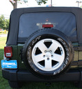 jeep wrangler unlimited 2007 black suv sahara gasoline 6 cylinders 4 wheel drive automatic 07702