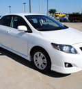 toyota corolla 2009 white sedan s gasoline 4 cylinders front wheel drive automatic 75228