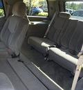 gmc yukon 2004 black suv gasoline 8 cylinders rear wheel drive automatic 98371