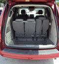 dodge grand caravan 2008 dk  red van sxt gasoline 6 cylinders front wheel drive automatic 33157