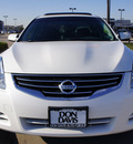 nissan altima 2011 white sedan 2 5 sl gasoline 4 cylinders front wheel drive automatic 76018