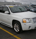 gmc envoy denali 2007 white suv gasoline 8 cylinders 4 wheel drive automatic 13502