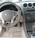nissan altima 2012 white sedan s gasoline 4 cylinders front wheel drive automatic 33884