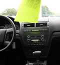 ford fusion 2009 white sedan se gasoline 4 cylinders front wheel drive automatic 07735