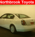 nissan altima 2002 white sedan 2 5 s gasoline 4 cylinders front wheel drive automatic 60062