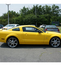 ford mustang 2005 screaming yellow coupe gt deluxe gasoline 8 cylinders rear wheel drive 5 speed manual 07712