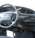 ford taurus 1998 white sedan se gasoline v6 front wheel drive automatic 80229