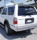 toyota 4runner 1999 white suv sr5 gasoline v6 rear wheel drive automatic 32778