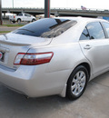 toyota camry hybrid 2009 silver sedan w navigation hybrid 4 cylinders front wheel drive automatic 75228