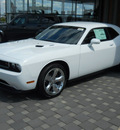dodge challenger 2011 white coupe rt gasoline 8 cylinders rear wheel drive automatic 99212