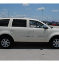 chrysler aspen 2008 white suv limited gasoline 8 cylinders 2 wheel drive automatic with overdrive 77388