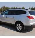 chevrolet traverse 2011 silver suv lt gasoline 6 cylinders front wheel drive automatic 77090