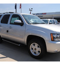 chevrolet tahoe 2011 silver suv lt flex fuel 8 cylinders 2 wheel drive automatic 77090