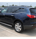 chevrolet traverse 2011 dk  blue suv lt gasoline 6 cylinders front wheel drive automatic 77090