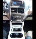 dodge grand caravan 2011 red van crew flex fuel 6 cylinders front wheel drive not specified 44024
