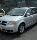dodge grand caravan 2010 silver van sxt gasoline 6 cylinders front wheel drive 6 speed automatic 99212